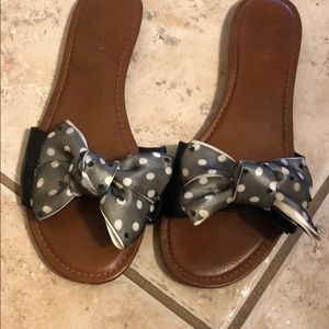 CUTEST BOW SANDALS EVER!